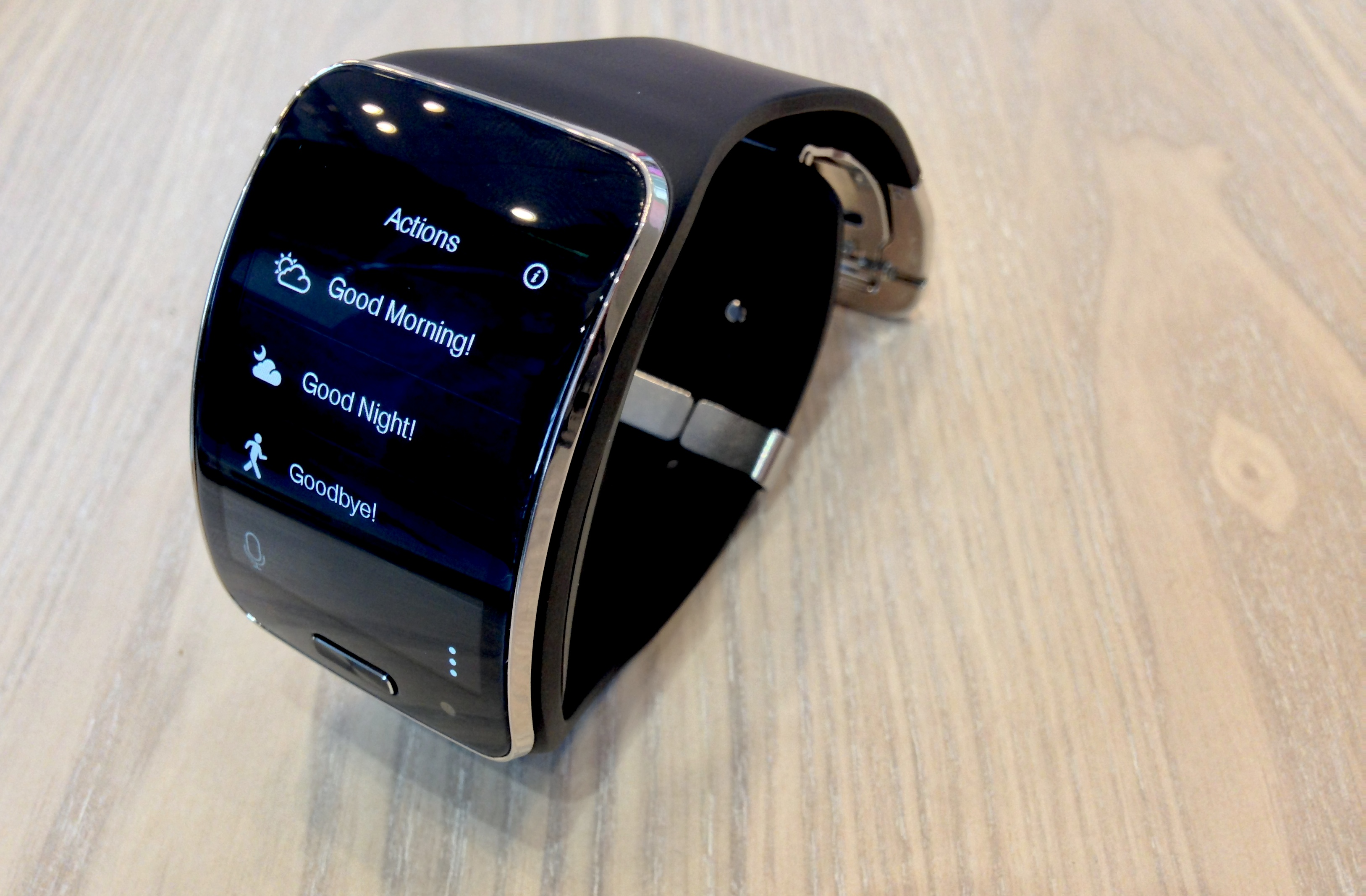 watch smartthings gear the galaxy video watches s
