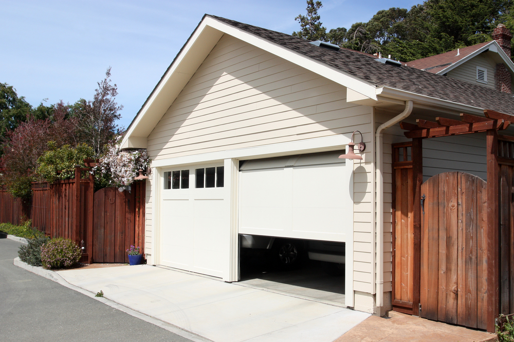 & How to: Monitor Control \u0026 Automate Your Garage Door | SmartThings